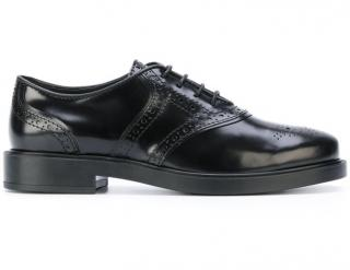 Tod�s women�s black classic brogues