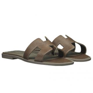 Hermes Goat Leather Gris Galet Oran Sandals
