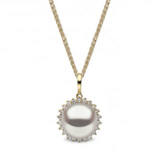 Yoko London Pearl & Diamond Pendant Necklace
