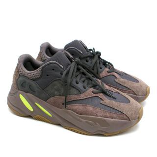 Adidas Yeezy 700 Mauve Sneakers