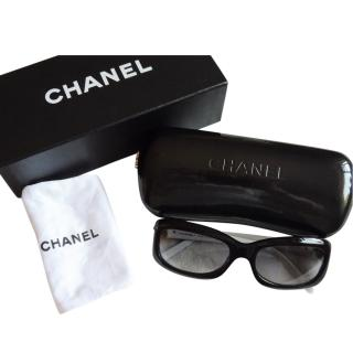 Chanel Two-Tone Camellia Sunglasses