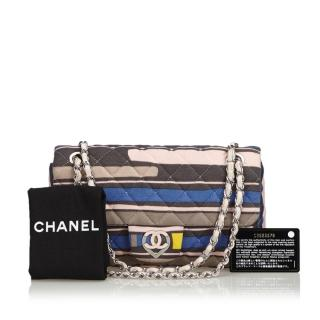 Chanel Cruise heart-shaped CC clasp fabric flap bag