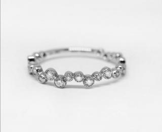 Stone Diamond 18kt White Gold Love In The Air Ring