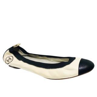 Chanel Black & White Elasticated Ballerina Flats