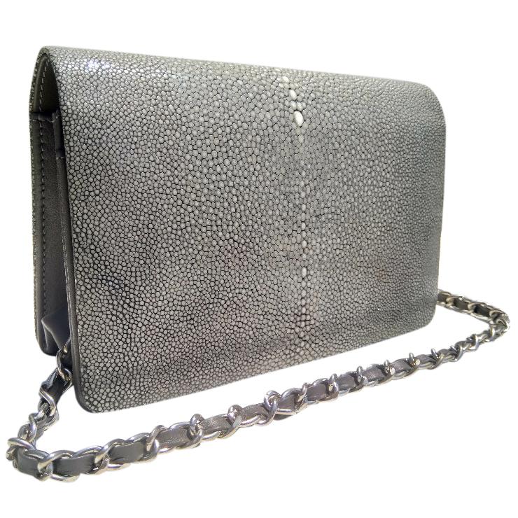 Grey classic stingray flapbag