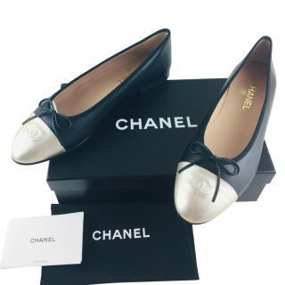 Chanel Metallic Cap-Toe Ballet Flats