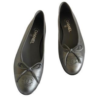 Chanel Gunmetal Grey Ballerina Flats