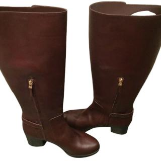 Fendi brown leather boots with buckle detail