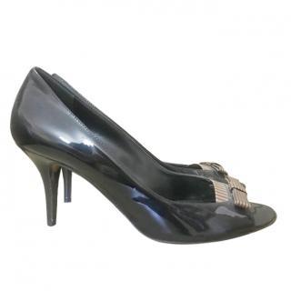 Fendi Striped-Bow Patent Leather Peep-Toe Pumps