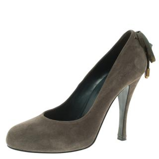 Hermes Grey Suede Pumps