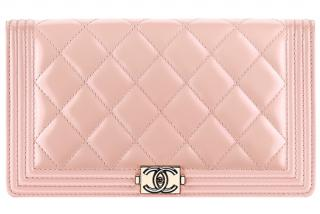 Chanel Boy Light-Pink bi-fold Continental Wallet