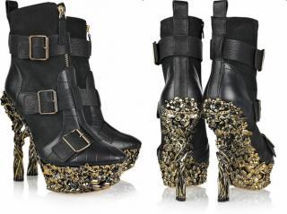 Alexander McQueen floral engraved gold platform heeled boots Fall 2010