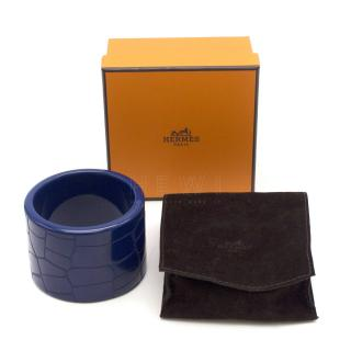 Hermes Extra Wide Croc-Embossed Resin Cuff