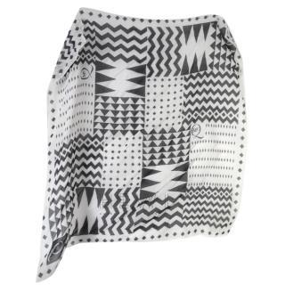 Alexander McQueen Black & White Geometric-Print Scarf