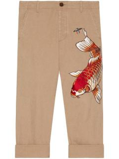 Gucci beige cotton fish appliqu� cropped trousers