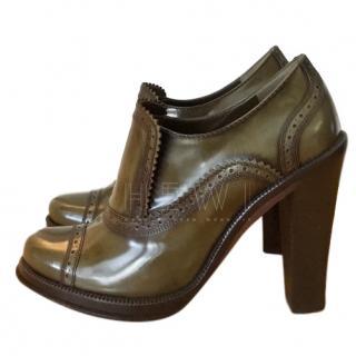 Louis Vuitton Block Heel Brogue Style Pumps