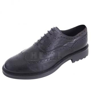 Pollini black pebbled leather brogues