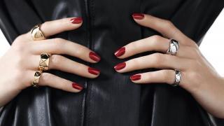 Chanel 18k Yellow Gold Medium Coco Crush Ring