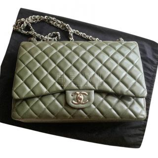 Chanel Jumbo Classic Double Flap green quilted-leather bag