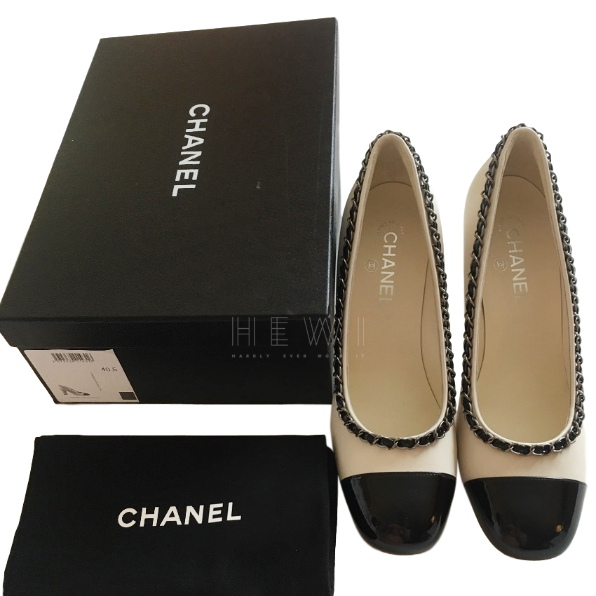 Chanel Two-Tone Chain Trim Cap-Toe Pumps