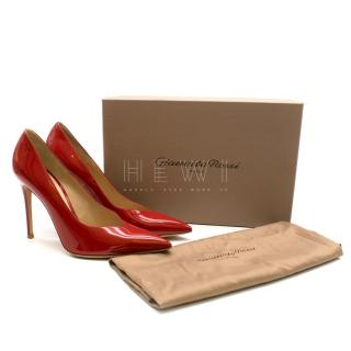 Gianvito Rossi Red Patent Leather V-Cut Pump