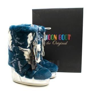 Moon Boot x Yves Salomon Blue Rabbit Fur Boots