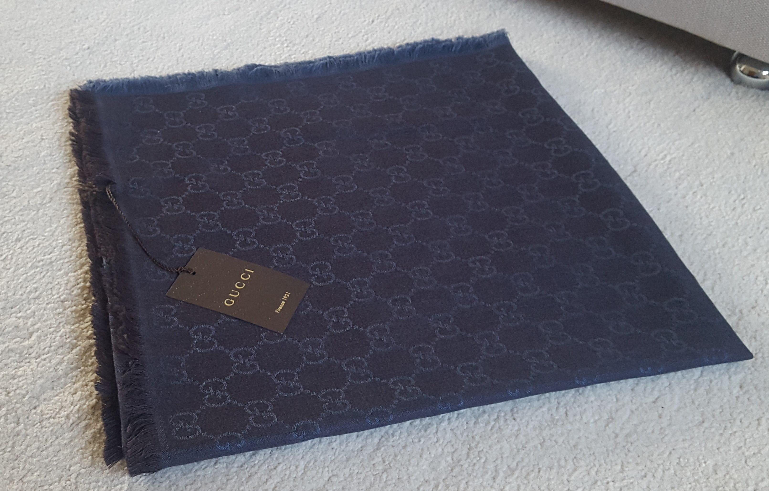 Gucci GG Guccissima reversible scarf