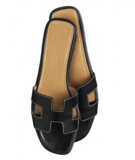 Hermes Black Lambskin Oran Sandals
