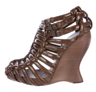 Bottega VenetabBrown intrecciato caged wedges