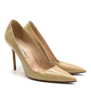 Manolo Blahnik Nude Point Toe Stiletto Pumps