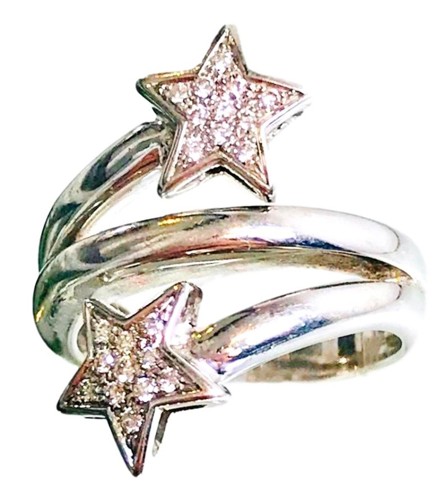 Bespoke white gold and diamond star ring