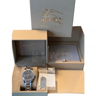 Burberry Black Dial Stainless Steel Unisex Watch