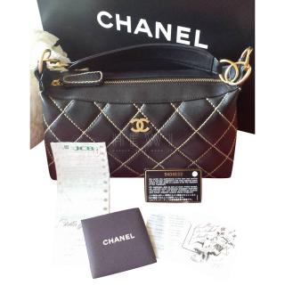 Chanel Noir 94305 Calfskin Sac Divers Tote