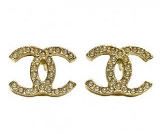 Chanel CC Pearl Stud Earrings