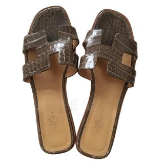 Hermes Brown Crocodile Oran Sandals