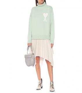 Ami Merino wool turtleneck sweater in Mint