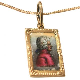 Vintage 1940's enamel image of Mozart set in 14ct gold pendant