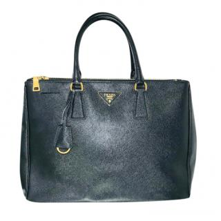 Prada Galleria saffiano leather black bag