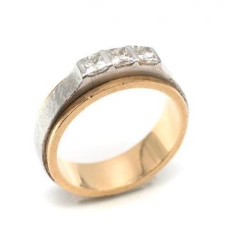 Bespoke Yellow Gold & Platinum Three-Diamond Ring