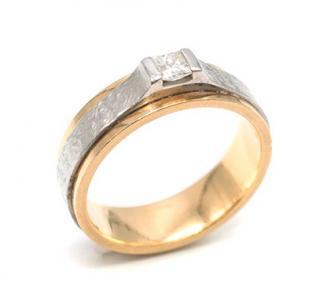 Bespoke Yellow Gold & Platinum Single Diamond Ring