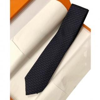 Hermes Trefle a 4 Fers Marine SIlk Tie