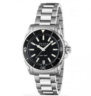 Gucci Dive Medium 32mm Quartz Watch