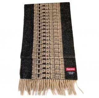 Supreme Wool & Cashmere Fringe Logo Scard=f