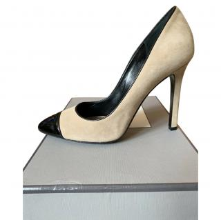 Tom Ford nude suede pumps with black patent toe caps