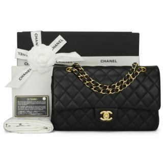 CHANEL Medium Black Lambskin Classic Double Flap Bag