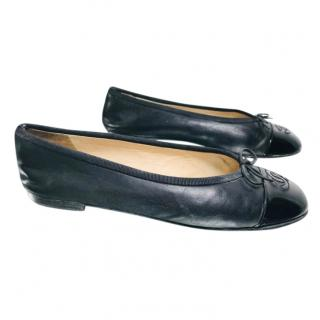Chanel Black Lambskin Ballerina Flats