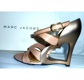 Marc Jabobs Heart Wedge