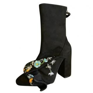 No21. Floral Embroidered Ruffle Ankle Boots