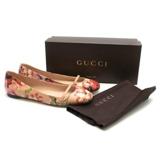 Gucci Blooms blush pink leather flat ballerinas