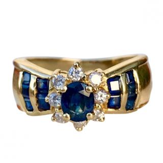 Bespoke vibrant blue sapphire and diamond ring